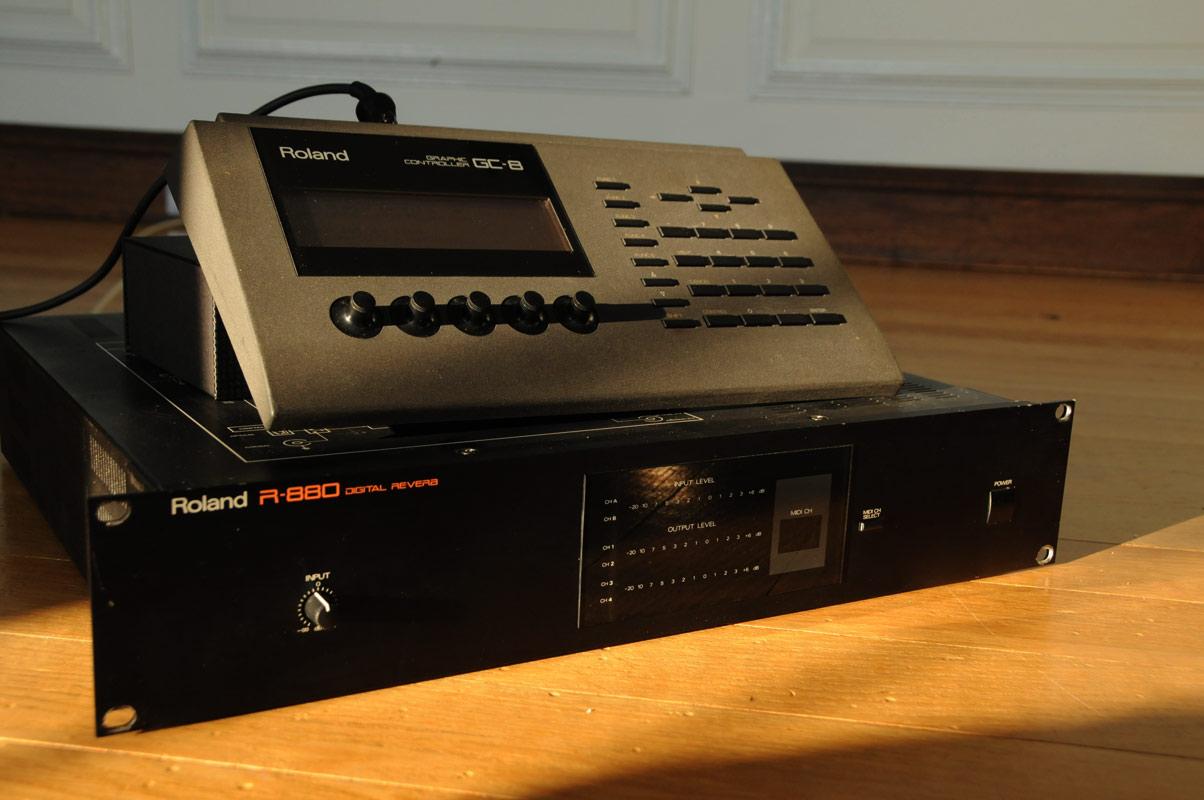 roland r 880 incl gc 8 graphic controller alan wilder auctions rh auction recoil co uk Roland VS-880 Roland vs 880 Ex